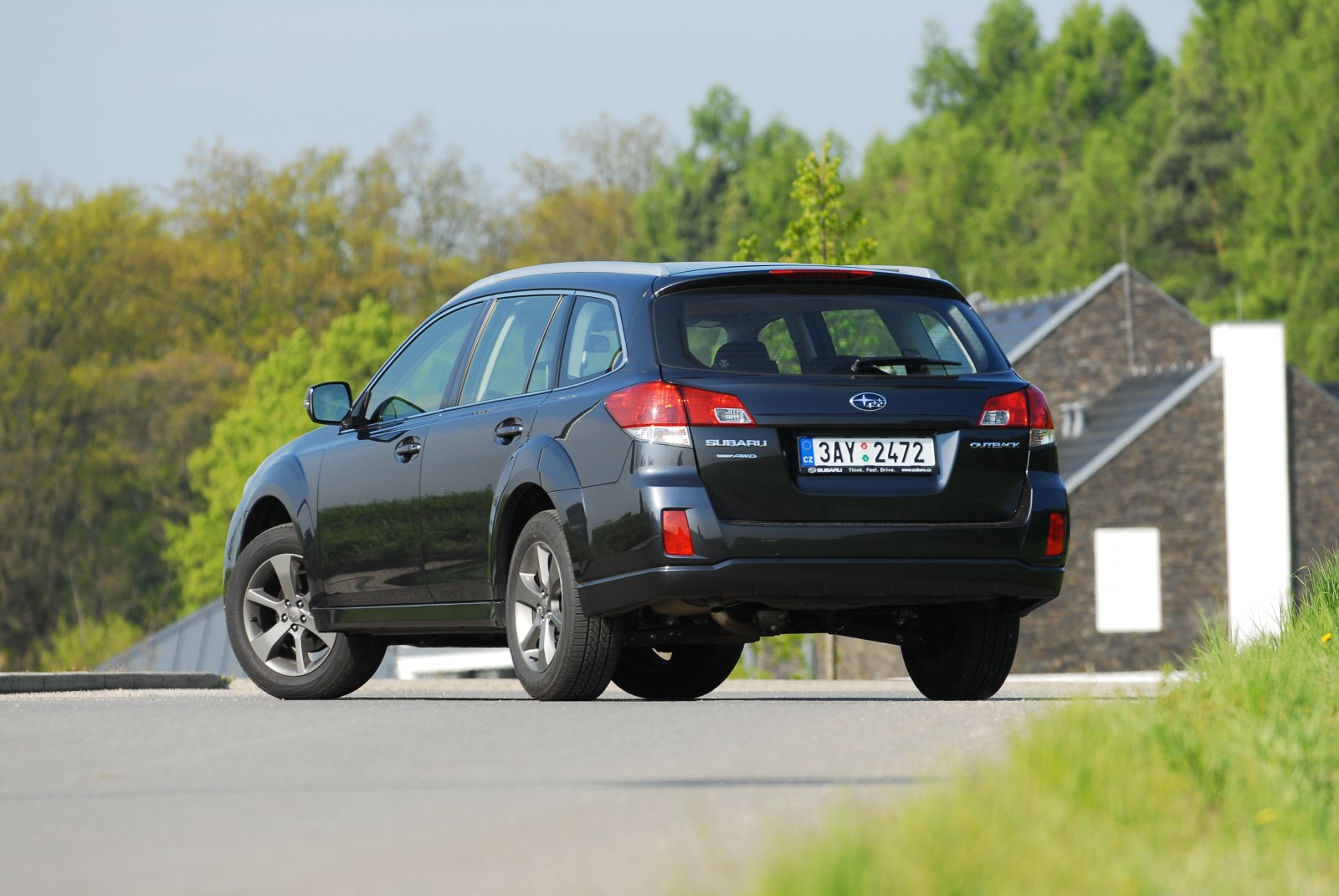 recenze test subaru outback 2 5 lineartronic. Black Bedroom Furniture Sets. Home Design Ideas