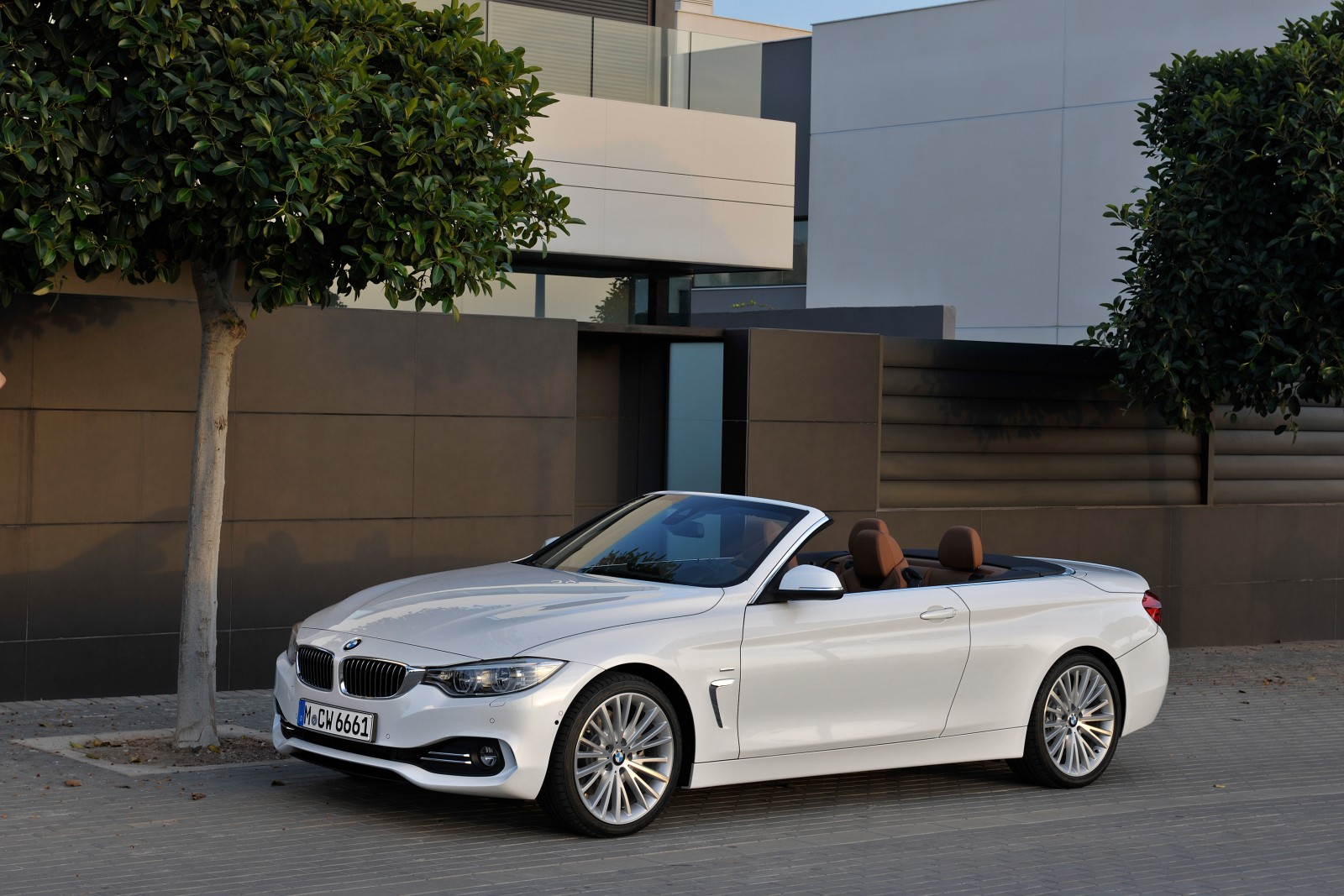 bmw 430i cabrio test recenze autoblogger. Black Bedroom Furniture Sets. Home Design Ideas